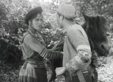 """phan tic nhan vat a su - Phân tích nhân vật A Sử trong """"Vợ chồng A Phủ"""" và lão đàn ông làng chài trong """"Chiếc thuyền ngoài xa"""""""