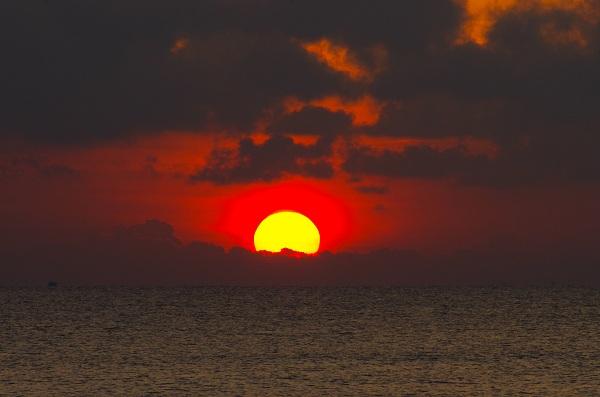 ta canh mat troi moc tren que huong - Tả cảnh mặt trời mọc trên quê hương